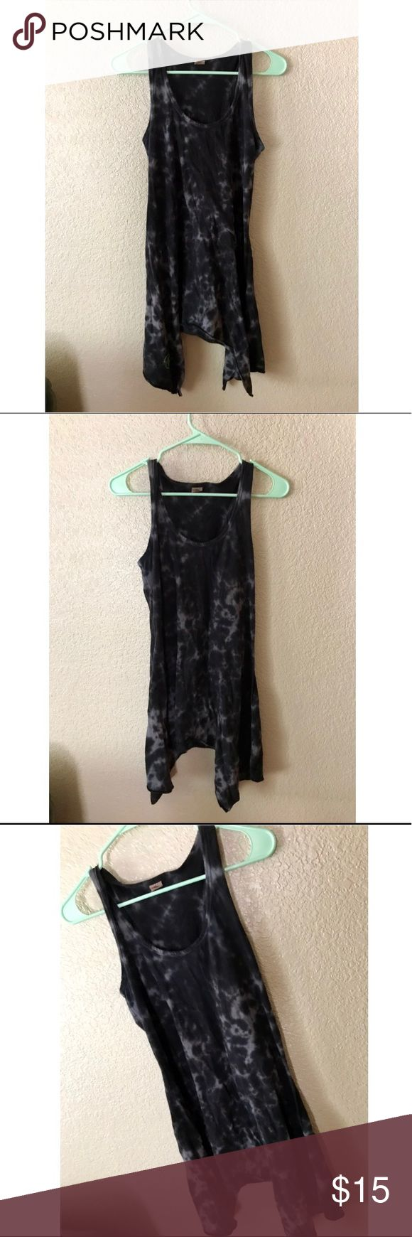 "Flowy Tye-Dye Summer Dress This gray and black tye dye dress is perfect for so many summer occasions! Super cute and perfect to wear out or over a bathing suit :) small ""wine country"" logo at the bottom but isn't always showing. Brand is Tommy Bahamas Southern breeze. No tag on inside with size but it fits me and I wear a medium, may also fit large. Brandy Melville Dresses"