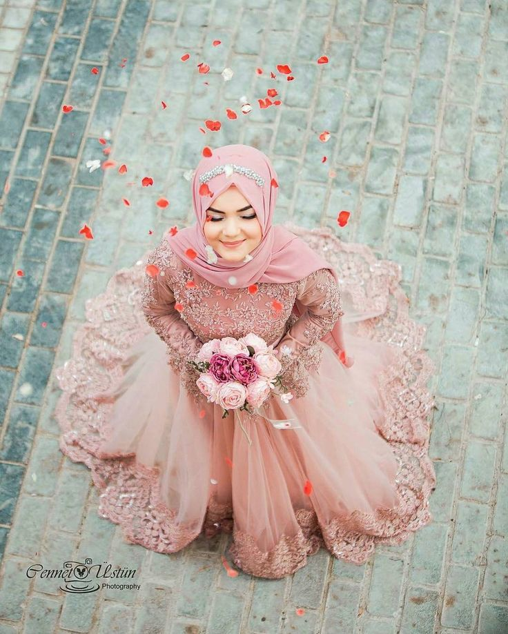 "2,620 Likes, 83 Comments - Muslim Wedding Ideas {105k) (@muslimweddingideas) on Instagram: ""What a stunning photo! Gorgeous bride in a gorgeous dress ♥♥♥ Photo by the talented female…"""