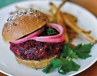Cantinho Vegetariano: Hambúrguer de Beterraba e Arroz Integral (vegana)