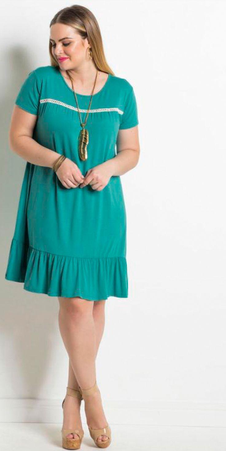Vestido Turquesa confortável e soltinho, o babado na barra deixa o look mais charmoso.   #estilo #modaplussize #estiloplussize #eusouplus #meuestiloplussize #beline #belineplussize #plussize #vestido #vestidoplussize