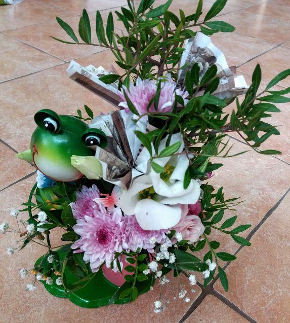 Minimál stílusú békás pénz csokor ballagásra - Minimal style money bouquet with frog
