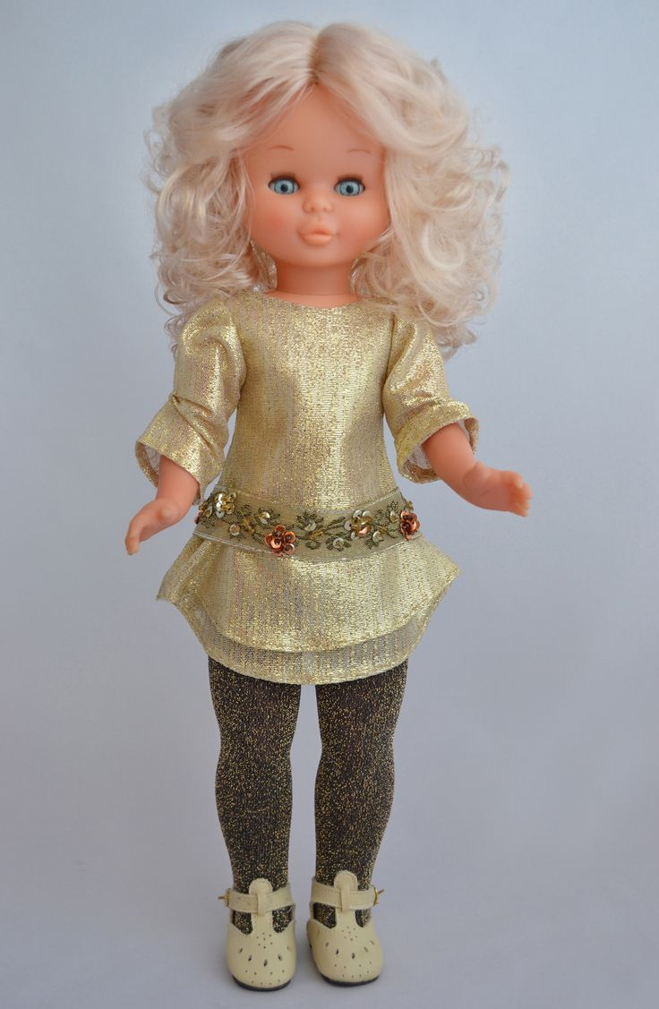 Shiny gold. Una preciosa Nancy Daypa brillando con luz propia.