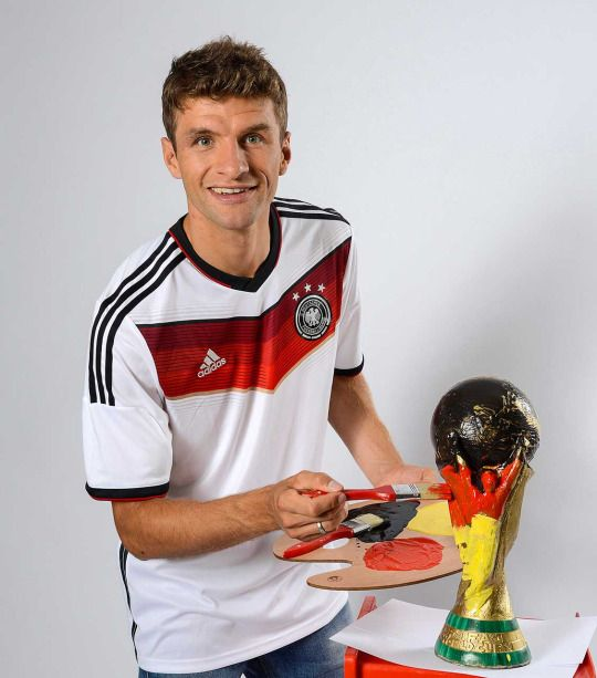 Thomas Müller, official World Cup Trophy Painter