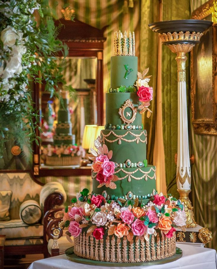 Luxury Wedding Cakes on Instagram: Another week, another