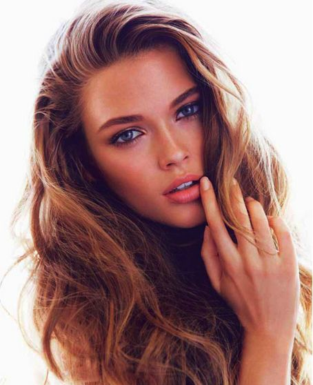 Messy strands that are perfect for a night out #BestNightEver #hair CLEAR SCALP & HAIR THERAPY™