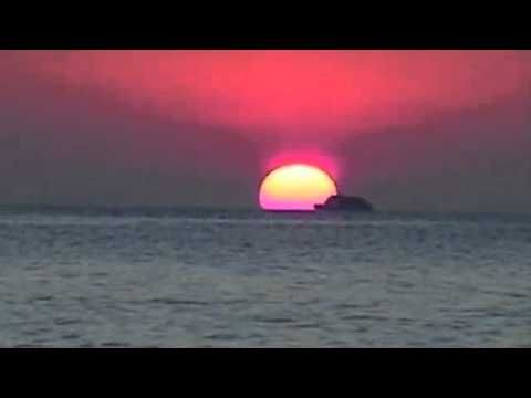Chill Out Music - A Gold Sky At Night - Ibiza Chill Out Music By amAya