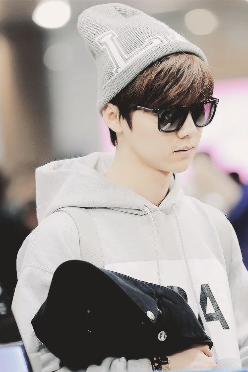 ... Luhan ♥ Airport Fashion ♥ #EXO on Pinterest | Luhan, Airport