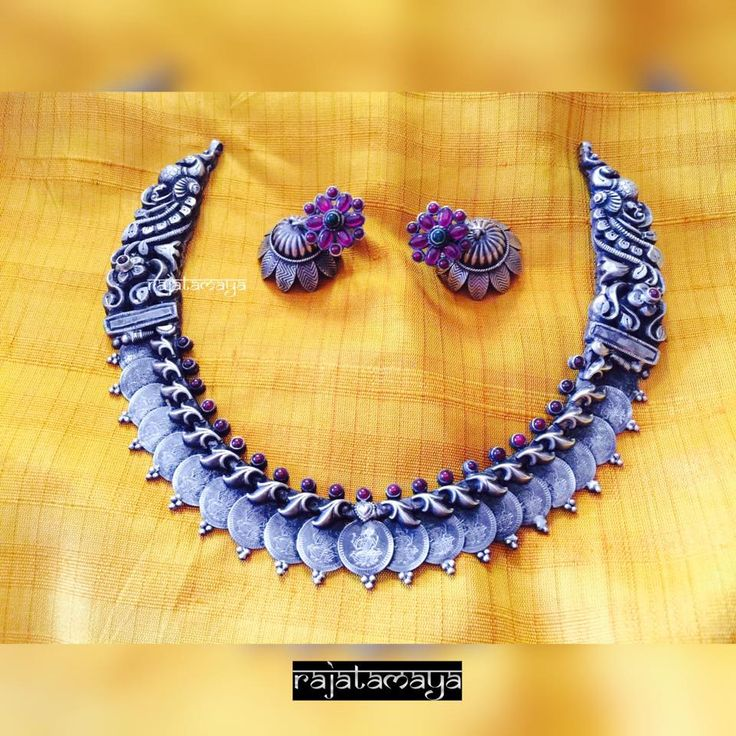 Mixing tradition with trendy is our favourite kind of jewellery. www.shopzters.com