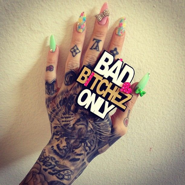 bad bitchez only club!  ring by: @elinpapi4baby - @jeffreestar- #webstagram