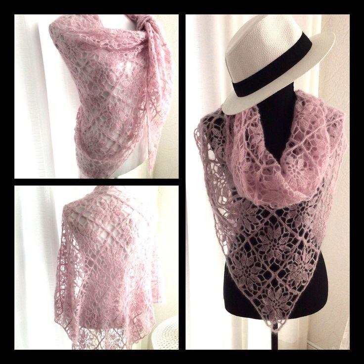 Een persoonlijke favoriet uit mijn Etsy shop https://www.etsy.com/nl/listing/470703270/gehaakte-omslagdoek-sjaal-fijn-gehaakt