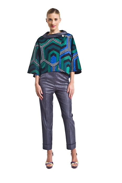 SHATI GREEN JACKET    Loose fit REVERSIBLE jacket with a shawl collar. You will love it, because it fits any occasion. One side is quiet and toned-down with a contrasting-color shawl; the opposite side reverses to a gorgeous and insanely rich palette of colors.  moyo.com.pl