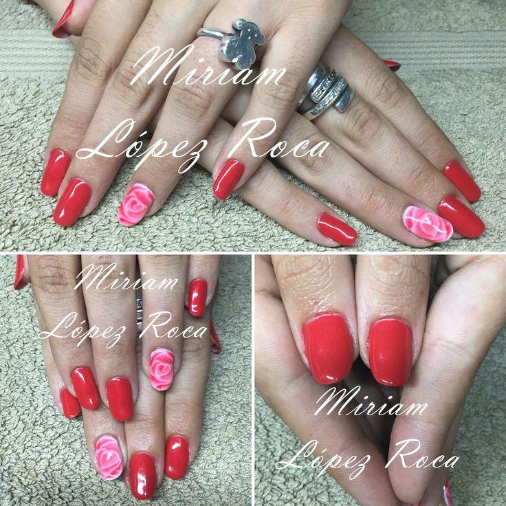 Esmalte Semipermanente en color Rojo de Thuya. Rosas a mano alzada Miriamdreamnails