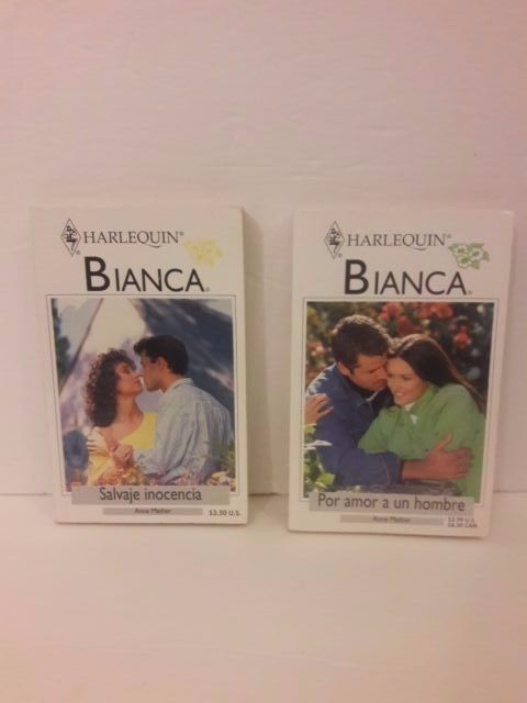 Set of 2 Harlequin Romance novels paperback Spanish Free Shipping