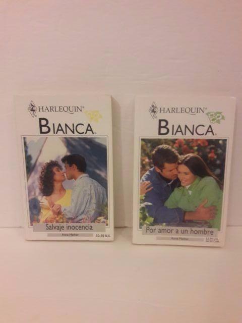 Set of 2 Harlequin Romance novels paperback Spanish Free Shipping