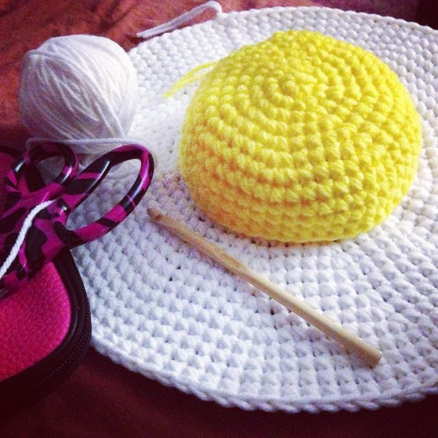 oliviartcreations crochet egg