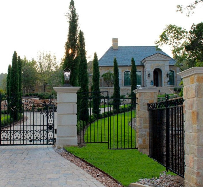 73 best gates images on pinterest gate gates and acre for Luxury fences