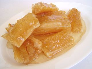 Candied Cassava Man Ted Chuame Add A Bit Of Shredded Coconut And Coconut Thai Food Recipesdessert