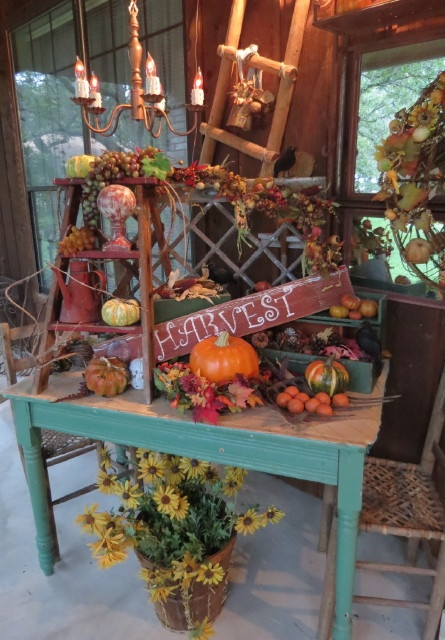 Timeless Treasures: like this harvest display | Decorating ...
