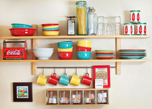 Аккуратная полочка для кухни своими руками.  https://abbigli.ru/blog/polochka-v-kukhniu  #хранение #дерево #мастеркласс #полка #кухня #дерева #домашний #быт #Abbigli #хендмейд #подарки #рукоделие #хобби #креатив #handmade #идея #вдохновение