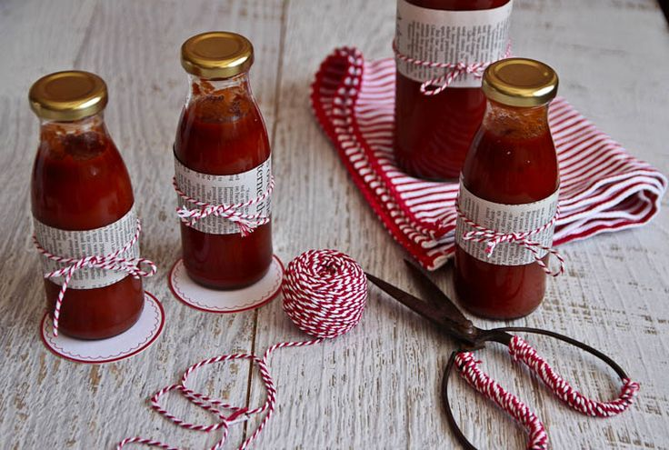 Made From Scratch Christmas Gifting: Homemade Tomato Sauce Or Ketchup (SO much better than bought!)