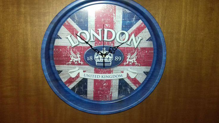 "Tray Wall Clock Metal **LONDON UNITED KINGDOM 1889** diameter 33cm(13"") X 5,5cm(2,1"") thickness by AlternativeByGeorge on Etsy"