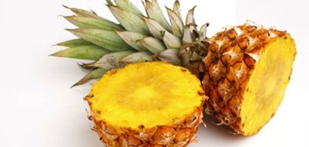 Pineapple Face Mask: Pineapple is a natural exfoliator for your skin. Applying pineapple topically on your skin is truly doing wonders for it.