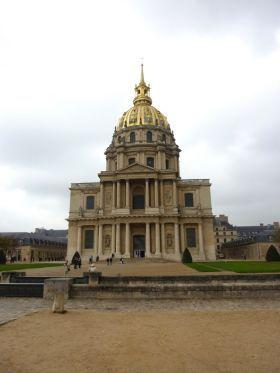 la cathédrale Saint-Louis-des-Invalides.