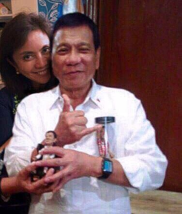 VP Leni Robredo joins President Rodrigo Duterte in appreciating the Duterte dolls at Malacañang Palace courtesy visit.