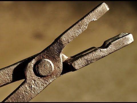 ▶ Forging blacksmiths tongs Flatbit tongs - YouTube
