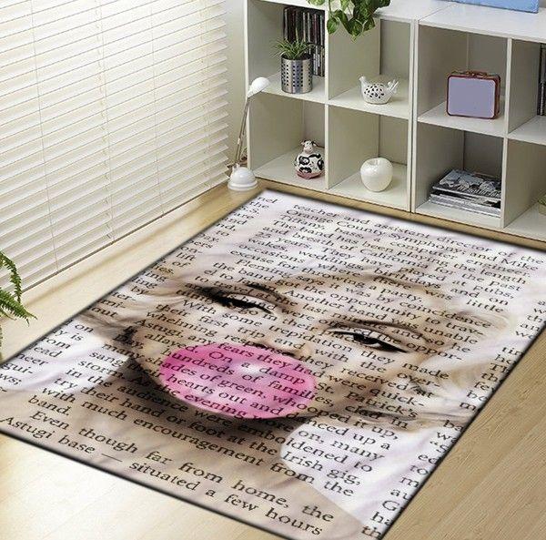 Marilyn Monroe Buble Gum 2 Blanket