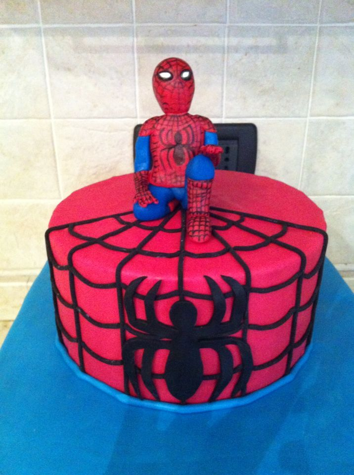 Torta Spiderman #cake #spiderman #torta #cakedesign #chiryscakes #birthday #compleanno #bambino #bimbo #uomoragno #children #boy
