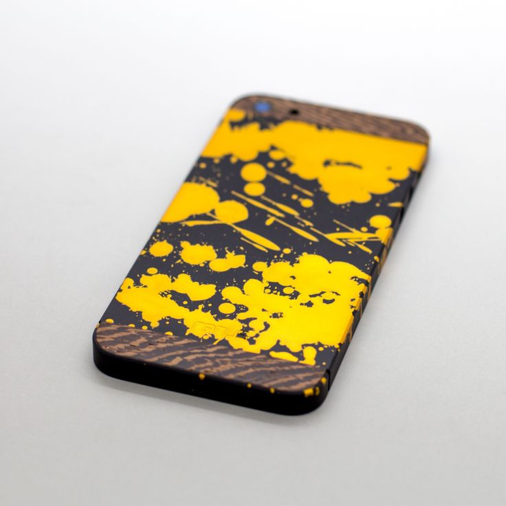 iPhone Rarus Abstract with wood.