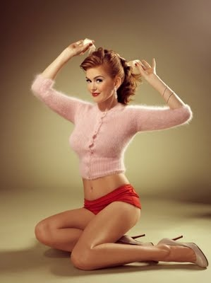 pin up: Pin Up Poses, Sweaters, Vintage Pin, Up Style, Pin Up Looks, Photos Shoots, Pinup, Isla Fisher, Pin Up Girls