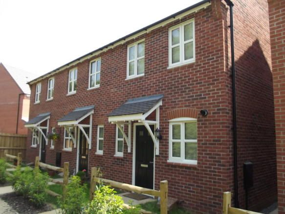2 bedroom house to rent - Otter Close, Ibstock Key features  Modern town house Two double bedrooms Off road parking and garage Village location Gas central heating and double glazing Available in January   #coalville #property https://coalville.mylocalproperties.co.uk/property/2-bedroom-house-to-rent-otter-close-ibstock/