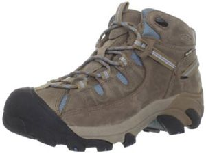 Best hiking boots for women in 2013