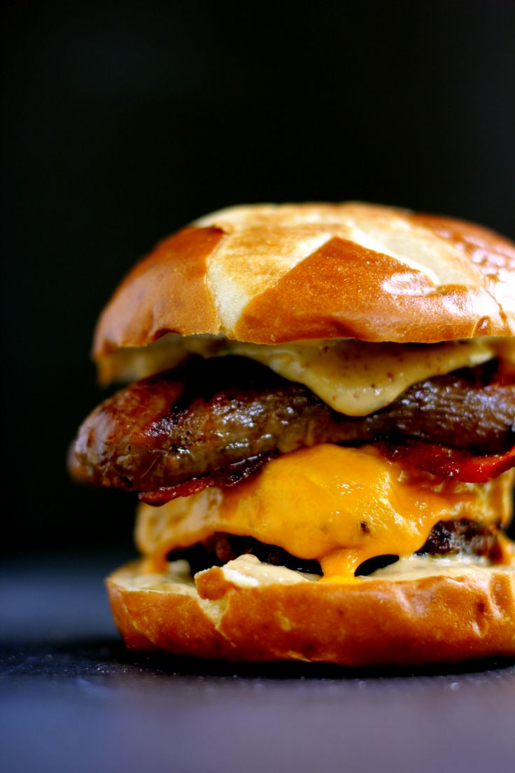 Sweet and Smoky Bacon Brat Burger. Recipe by melaniemakes.com and robertrothschild.com.