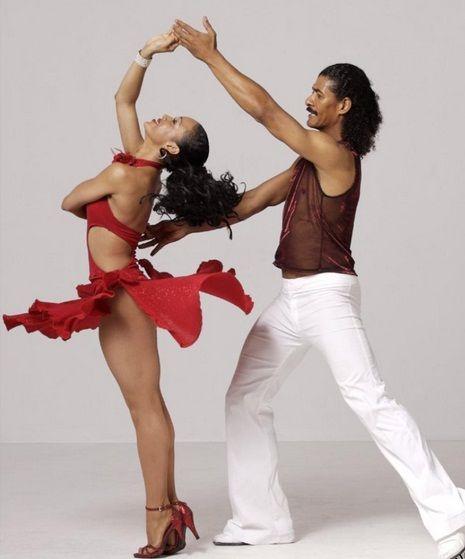 Bailar salsa: Dance India, Dominican Republic Salsa Dance, Bailar Salsa, Dance Salsaaa, Dance Dance, Salsa Dancers, Classic Dance, India Dance, Latin Dance