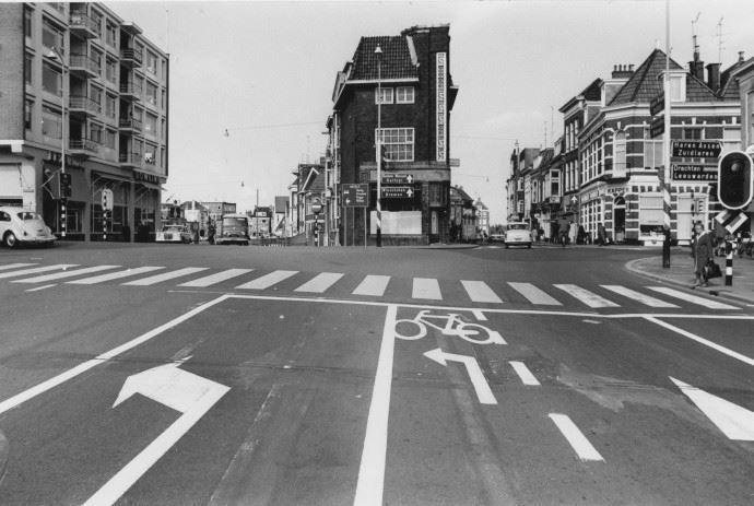 Groningen<br />De stad Groningen: Kruispunt Zuiderdiep, Kattendiep en Steentilstraat 1968