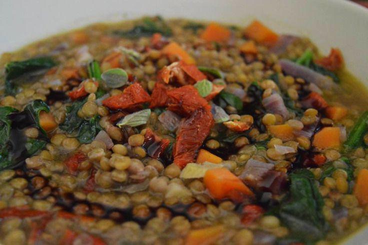 Lentils With Kale, Sundried Tomatoes & Fresh Oregano