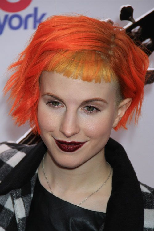 hayley-williams-hair-bob-wavy