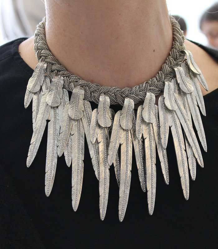 want one of these feather necklacees Azzaro Collection 2012 { ziz }