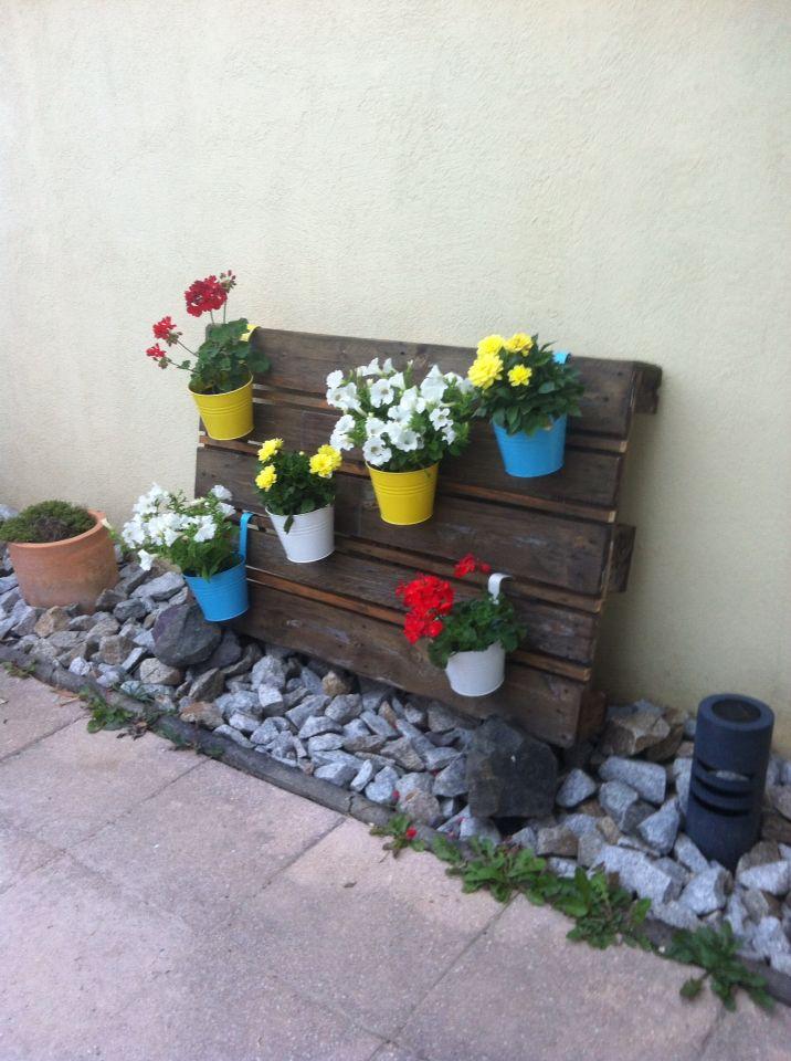 24 les meilleures images concernant palettes en bois sur pinterest jardins herbes aromatiques. Black Bedroom Furniture Sets. Home Design Ideas