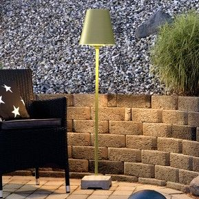 Give a little colour to your terrace with a floor lamp designed for your outdoor area.