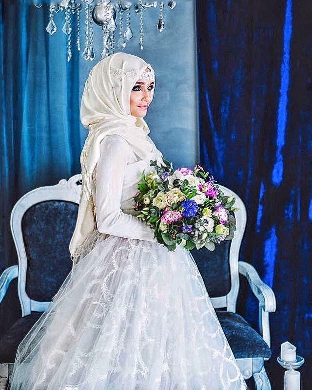 Muslimische Brautkleider ❤ See more : http://bugelinlik.com/de/brautkleider/islamische/