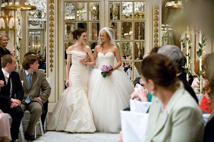 Pin for Later: Les 33 Robes de Mariée les Plus Marquantes du Cinéma Bride Wars