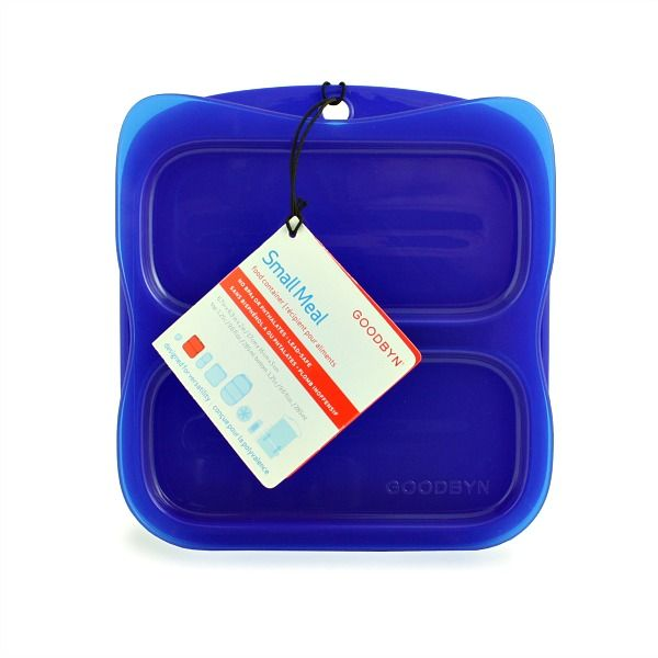 Say hello to healthy, waste-free and easily packed lunches and small meals with the Goodbyn Small Meal!   A BPA-free, reusable food container, The Goodbyn Small Meal is a lunch box and food container that has  two 1 ¼-cup compartments to keep food separated.