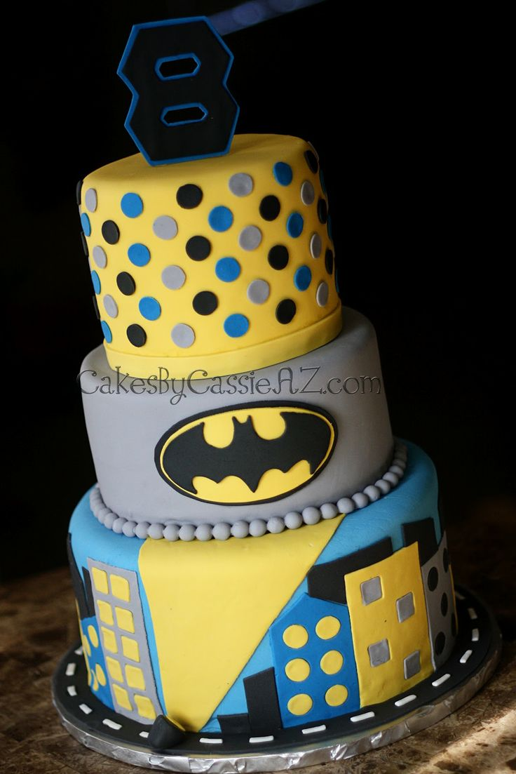 77 best Batman Cakes images on Pinterest Batman cakes Batman