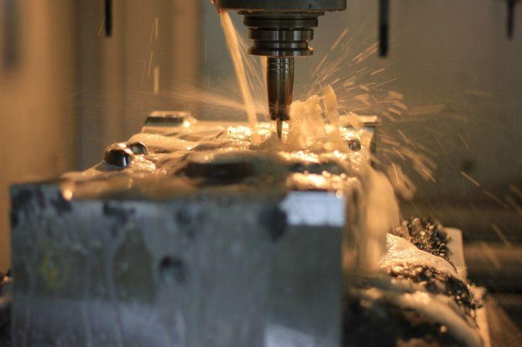 Frezowanie na obrabiarkach CNC http://satistechpolska.pl/oferta/frezowanie-cnc/