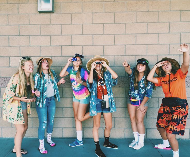25+ Best Ideas About Tacky Tourist Costume On Pinterest | Hawaiian Themed Outfits Homecoming ...