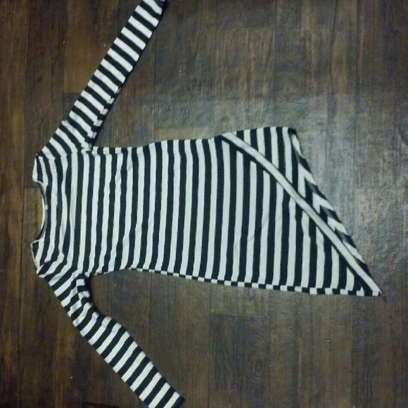 Black and white striped asymmetrical dress Brand new. Lools great as a winter dress Dresses